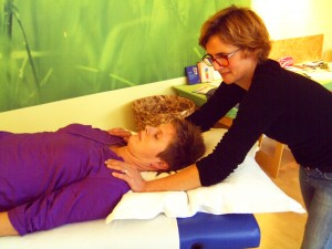 Therapeutic Touch-Anwendung, Foto: Margarete Rosen