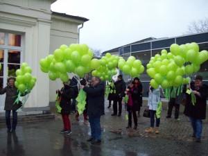 Helfer am Elisenbrunnen, Tag der Kinderhospizarbeit, Foto: Margarete Rosen